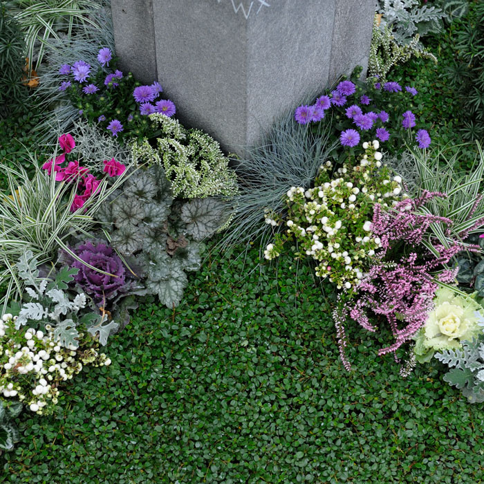 Grabgestaltung nach Ihren Wünschen.