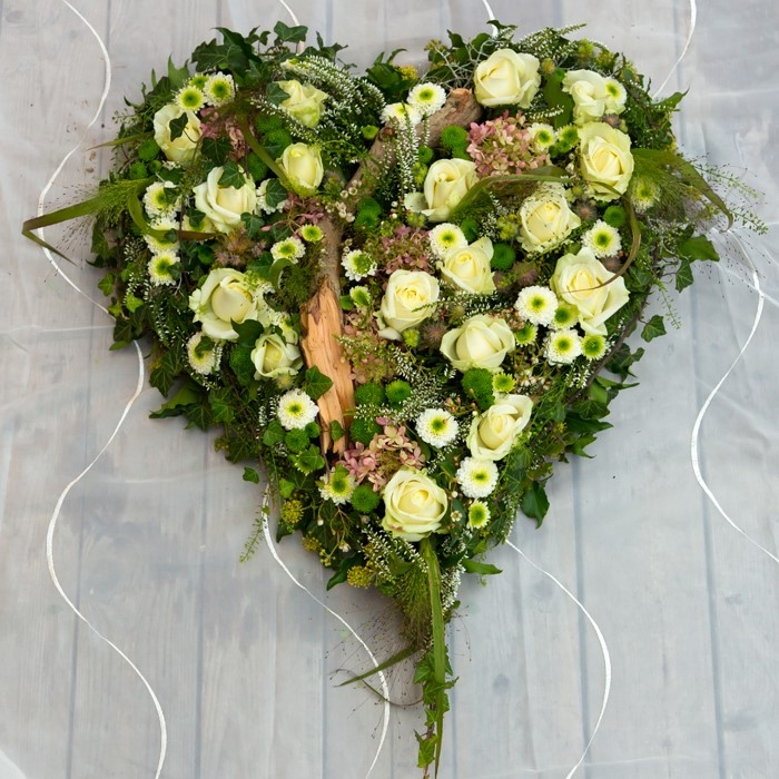 Vorsorge für Grabpflege und Bestattung